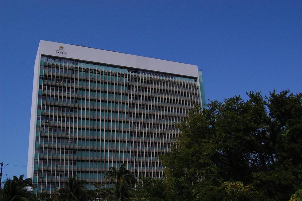 Edifício-sede da Prefeitura do Recife — Foto: Katherine Coutinho/G1