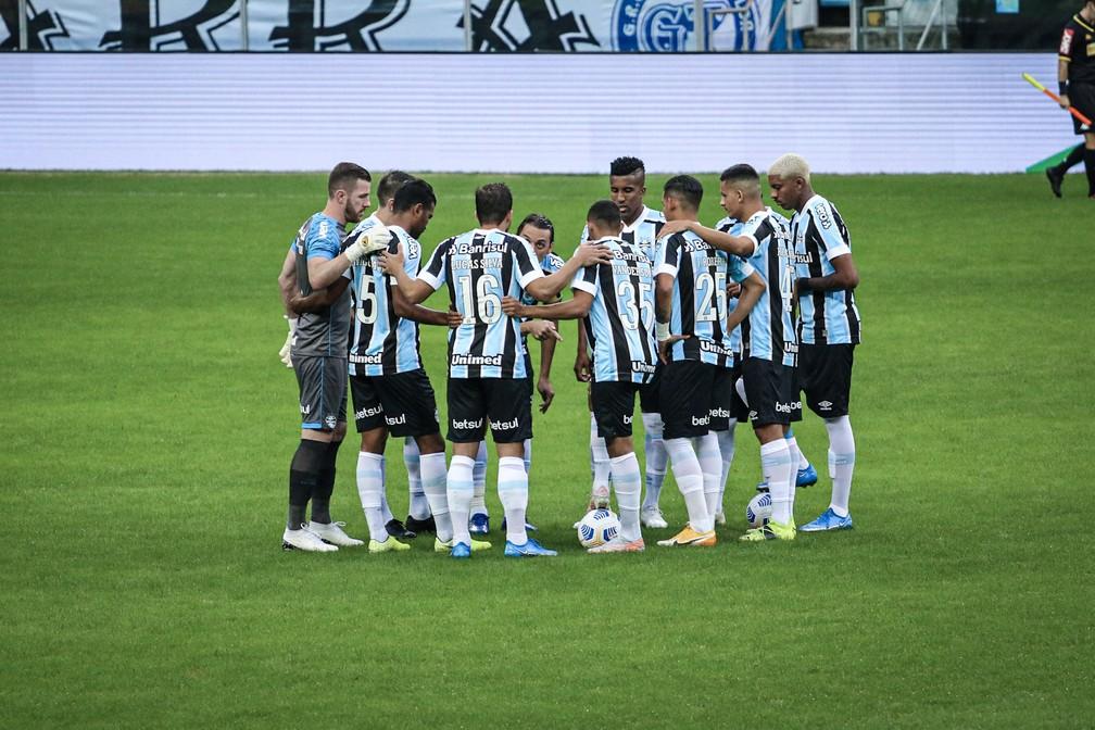 Grêmio venceu o Brasiliense por 2 a 0 na terceira fase da Copa do Brasil — Foto: Lucas Bubols/ge.globo