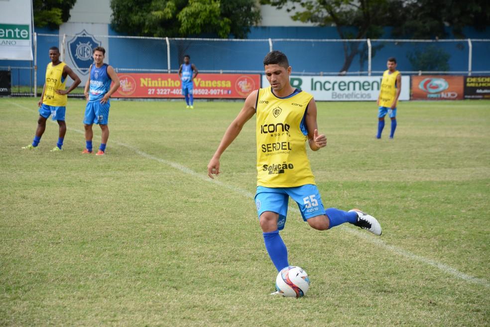 Caetano disputou a Série D do Campeonato Brasileiro pela Desportiva Ferroviária e retornou ao Vitória para a Copa ES (Foto: Henrique Montovanelli/Vitória FC)