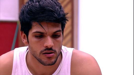 Lucas lembra de episódio com Diego: 'Me deixou mal'
