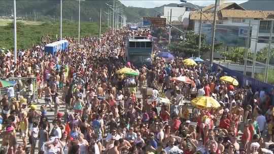 Navegay reúne milhares de foliões em Navegantes, SC