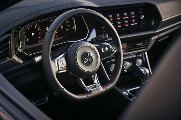 Volkswagen Jetta GLI 2019 (Foto: Divulgação)