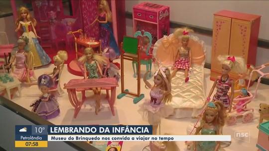 Museu do brinquedo reúne acervo com mais de três mil peças em Pomerode