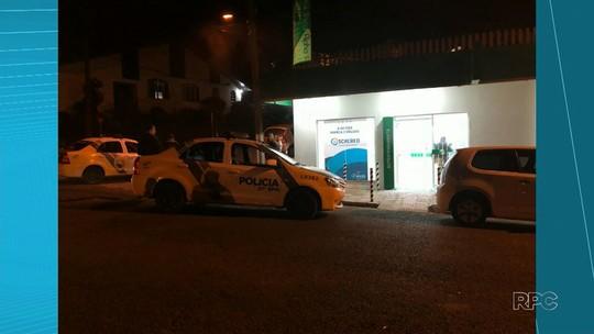Bandidos explodem agência bancária em General Carneiro
