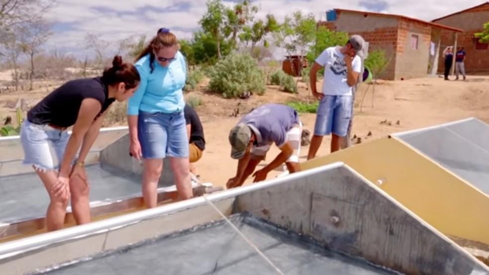 Projeto utiliza energia solar e transforma 16 litros de água salobra em potável por dia (Foto: Reprodução/Fundação Banco do Brasil)