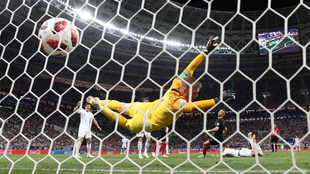 Inglaterra x Croácia: o gol de empate de Perisic
