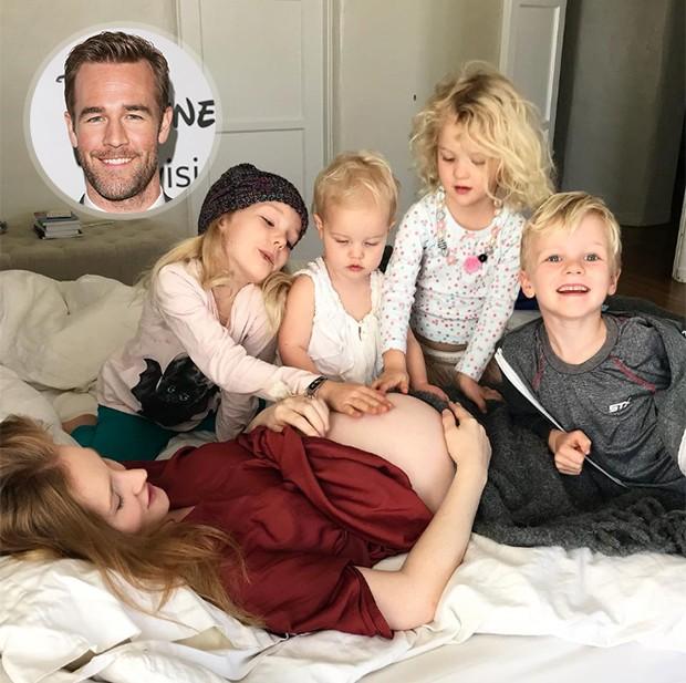 James Van der Beek anuncia gravidez do quinto filho mostrando barriguinha da mulher com as crianças (Foto: Reprodução/ Instagram)