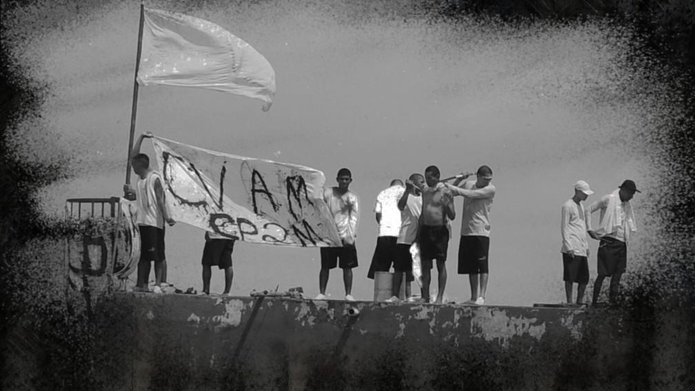 Presos fazem rebelião em presídio do AM em meio à pandemia — Foto: Chico Batata/Divulgação