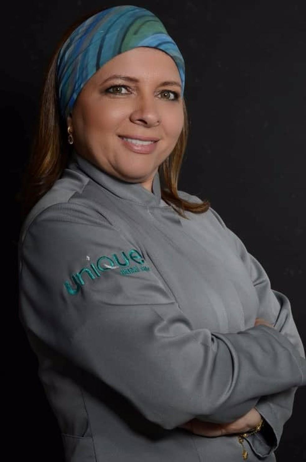 Odontóloga Cyntia Galvão é proprietária de uma clínica de odontologia estética no Bairro Karaíba (Foto: Cyntia Galvão/Arquivo Pessoal )