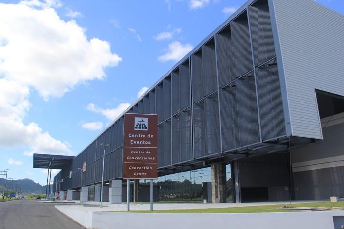 Santur fará gestão temporária do Centro de Eventos de Balneário Camboriú