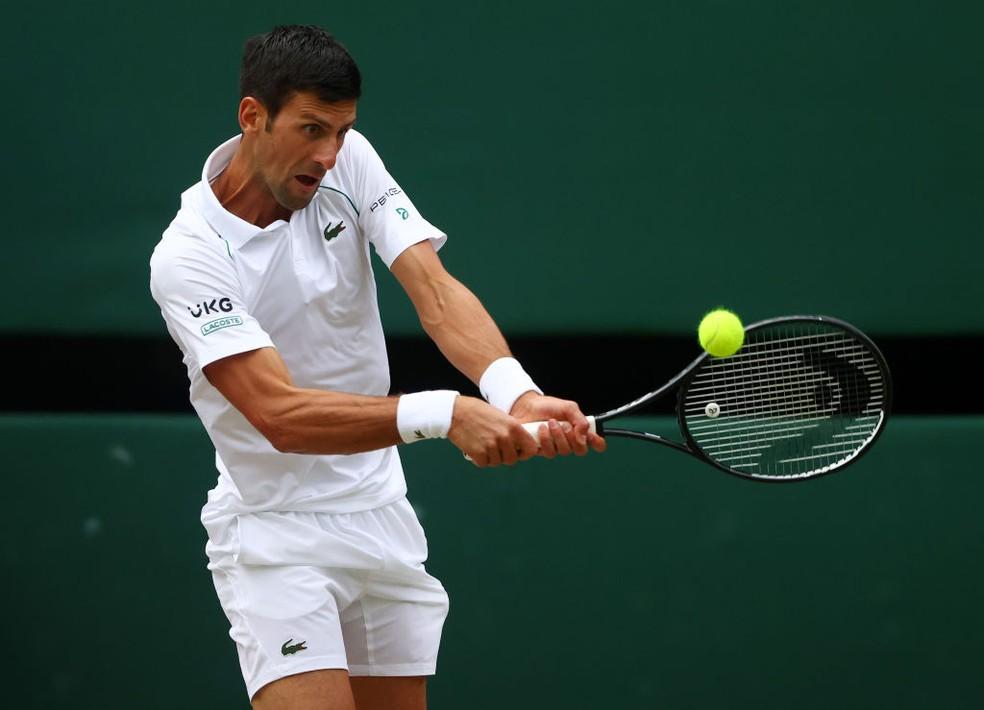 Djokovic pentacampeão de Wimbledon — Foto: Julian Finney / Getty Images