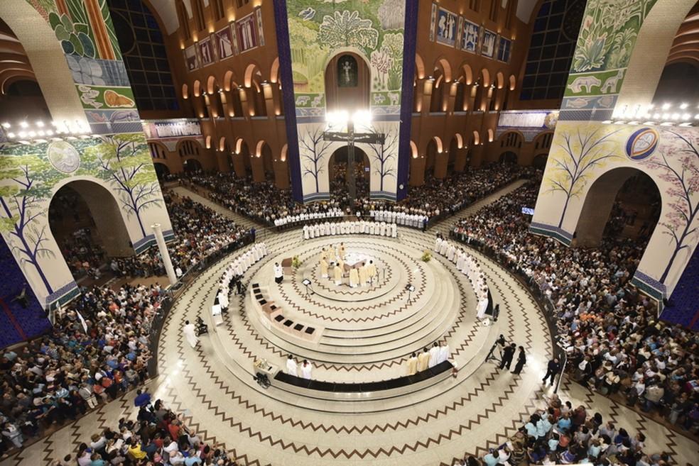 Principal missa deste 12 de outubro será celebrada às 9h no altar central — Foto: Thiago Leon/Santuário Nacional