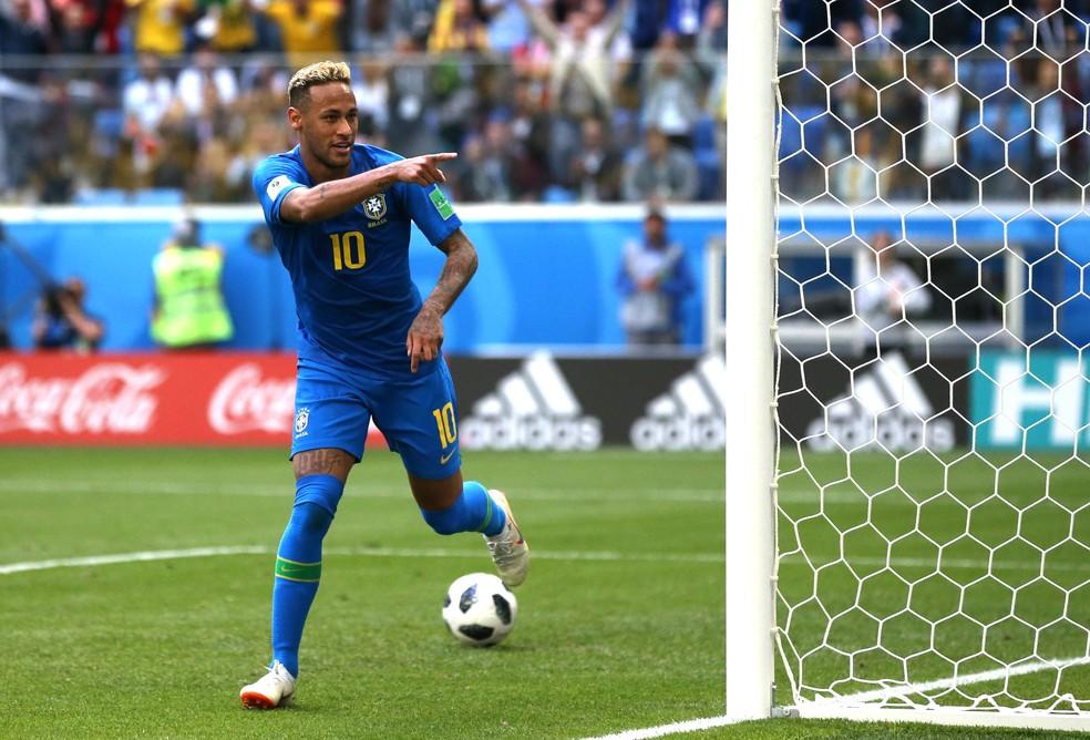 Neymar comemora o segundo gol do Brasil contra a Costa Rica (Foto: Francois Nel/Getty Images)