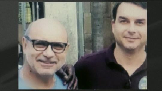 Queiroz, ex-assessor de Flávio Bolsonaro, pagou R$ 133 mil em dinheiro vivo por cirurgia