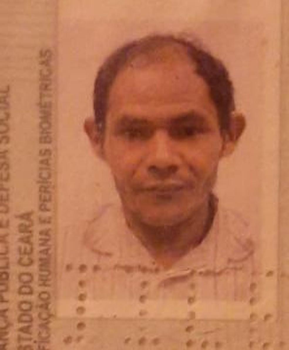 Paulo Jorge da Silva, de 39 anos, foi morto a tiros no lugar do irmão no Bairro Angorá, em Itaitinga. — Foto: Arquivo pessoal