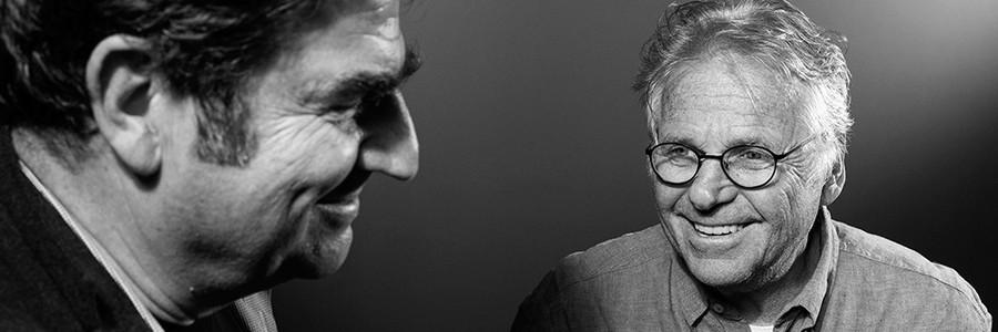 O cineasta Romain Goupil, de 66 anos, e o ativista Daniel Cohn-Bendit, de 73, discordam sobre javaporcos, Macron e a herança de Maio de 1968 (Foto: Philippe Gras)