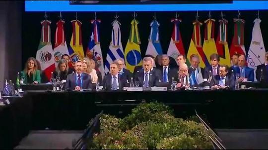 Bolsonaro assume presidência do Mercosul na Argentina