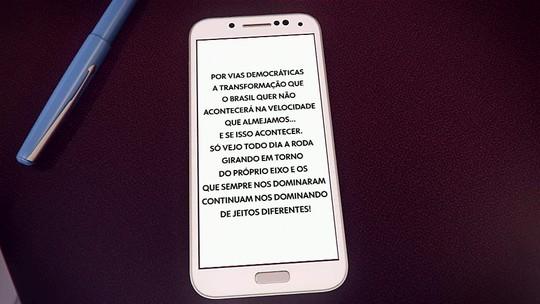Mensagem de Carlos Bolsonaro em rede social provoca críticas veementes de autoridades