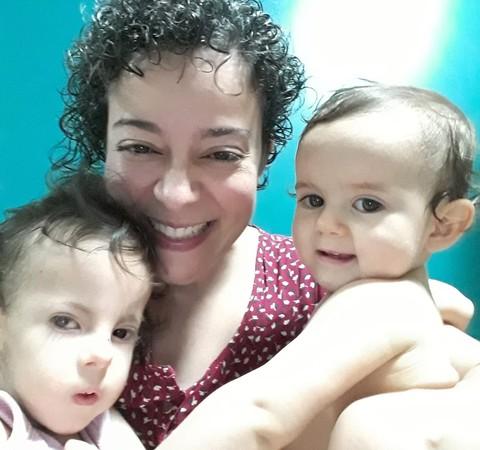 Em SP, mãe dá à luz em portaria de prédio e descobre sexo do bebê no Uber