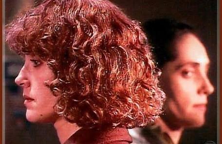 """Christiane Torloni deu vida às irmãs Fernanda e Vitória na novela """"Cara e coroa"""", de 1995. Na história, as duas se conhecem na cadeia  TV Globo"""