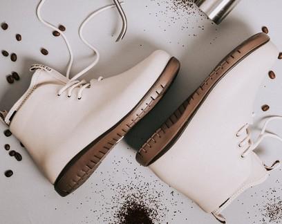 Empresa cria calçados feitos de borra de café