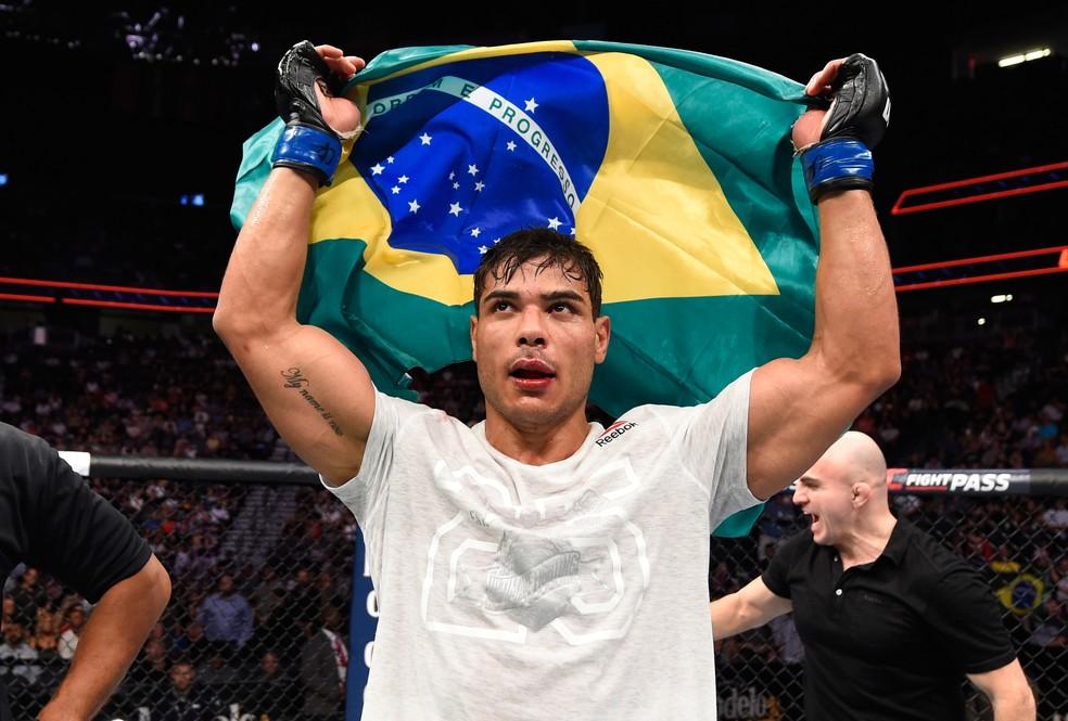 Mineiro acredita ser o líder da renovação dos brasileiros no UFC — Foto: Josh Hedges/Getty Images