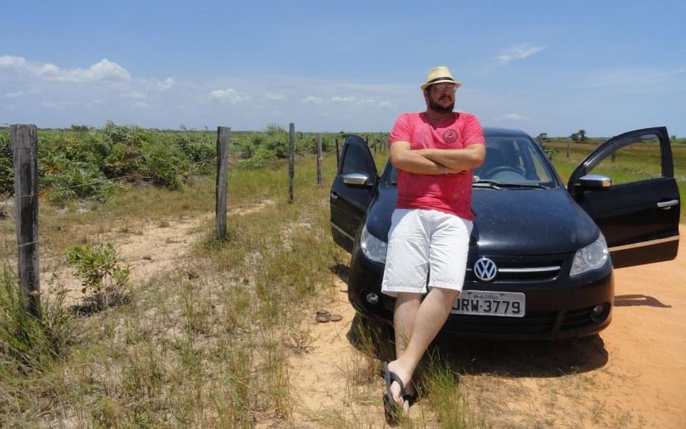 Coordenador do DPT com carro de mesma placa do que estava estacionado no pátio do órgão e que deveria passar por perícia na Bahia — Foto: Reprodução