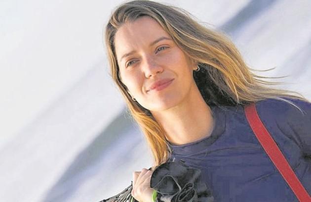 """Nathalia Dill viverá uma jogadora de vôlei de praia no filme """"Um casal inseparável"""", que estreará em setembro. Para a produção, ela recebeu um treinamento da campeã olímpica Jackie Silva  (Foto: Divulgação)"""