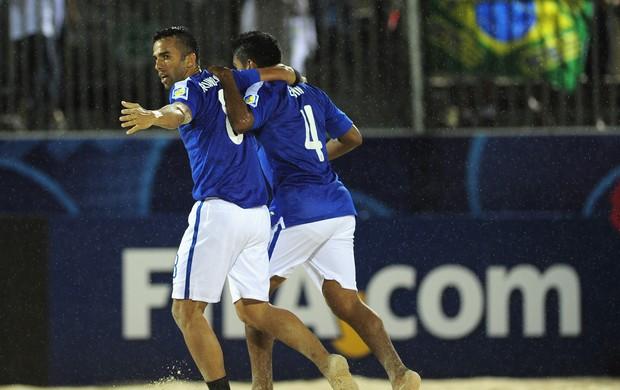 Brasil 4 x 2 Ucrânia Mundial de futebol de areia, Bruno Xavier e Eudin (Foto: Getty)