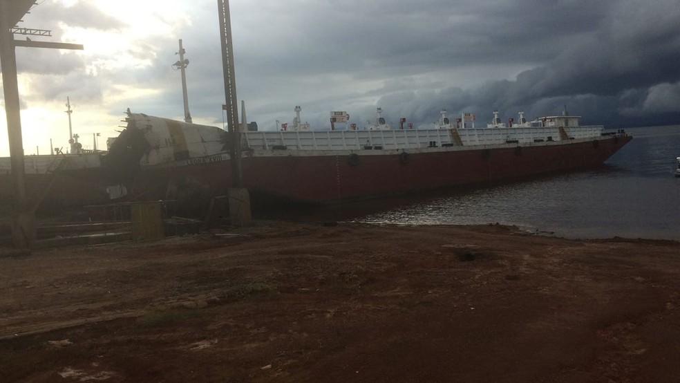 Acidente ocorreu na tarde desta ter�a-feira (8) (Foto: Divulga��o/Corpo de Bombeiros)
