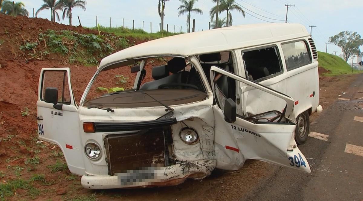 Acidente na BR-153 deixa quatro pessoas feridas na região de Rio Preto