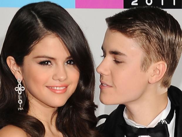 Depois de um namoro de um ano e nove meses, o casal Jelena aparentemente chegou ao fim em 2012. Mas Selena Gomez e Justin Bieber protagonizaram uma verdadeira novela pouco tempo depois, que irritou até os fãs (Foto: Getty Images)