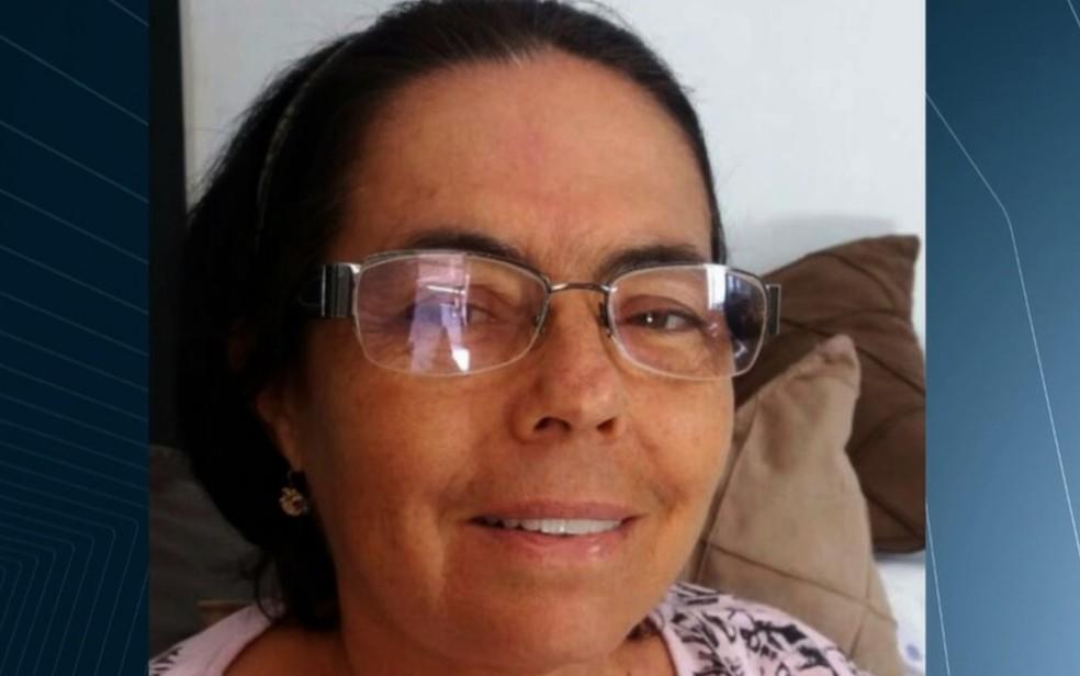 Elza chegou a ser socorrida, mas não resistiu aos ferimentos e morreu (Foto: Reprodução/TV Anhanguera)