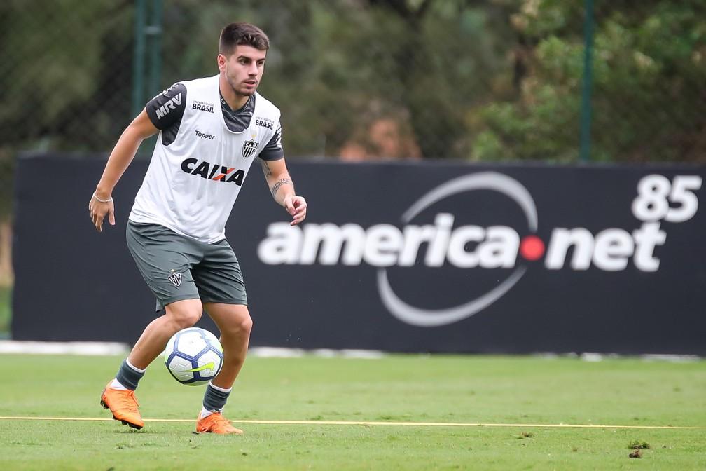 784b2eaf66 Athletico acerta com o meia Tomás Andrade