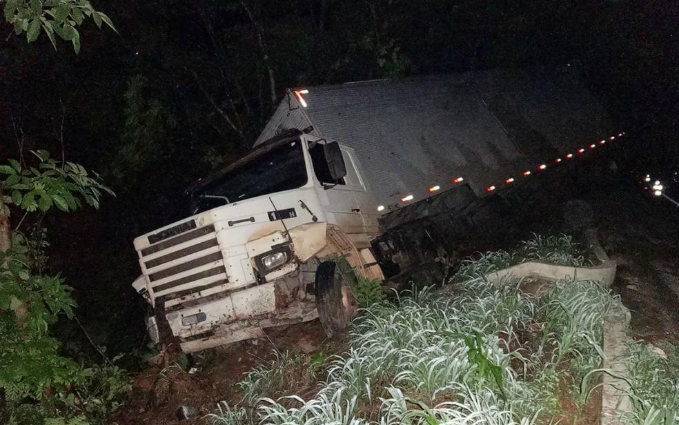 Ninguém ficou ferido no acidente (Foto: Blog Sigi Vilares)