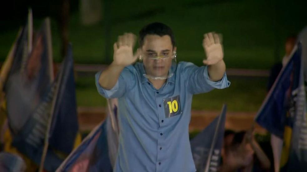 Delegado Pazolini comemora Vitória nas eleições em Vitória — Foto: Reprodução/ TV Gazeta