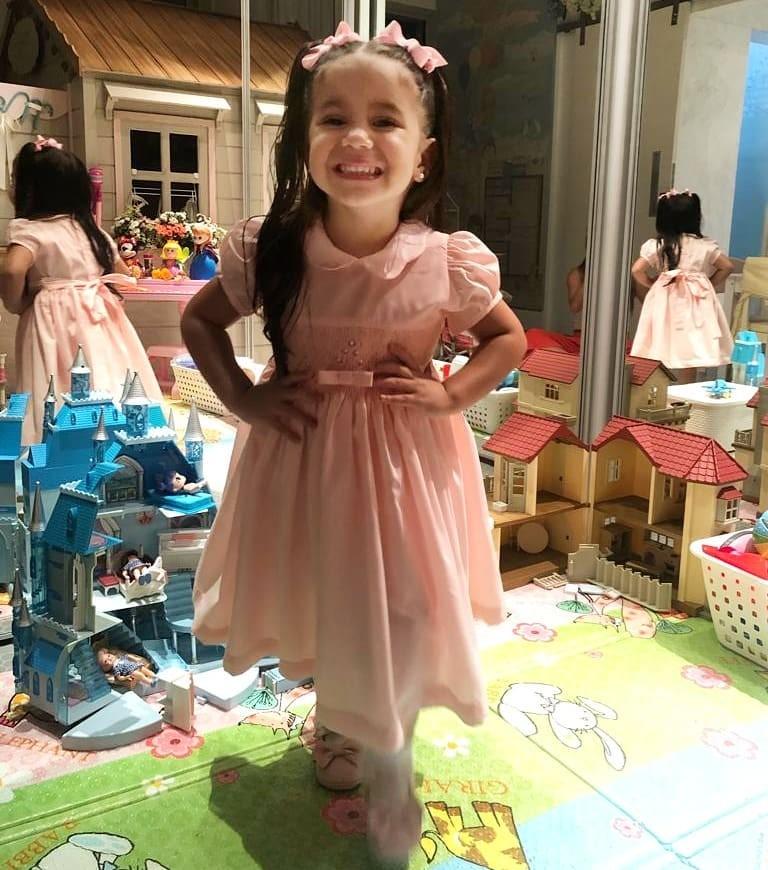 Maria Flor, filha de Deborah Secco e Hugo Moura (Foto: Reprodução / Instagram)