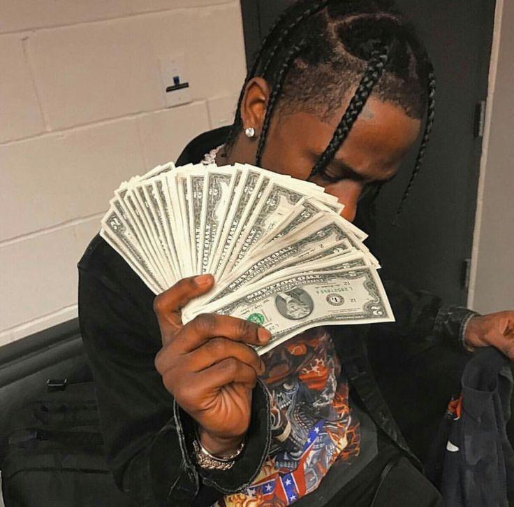 Travis Scott fazendo chover dinheiro (Foto: Reprodução/ Instagram)