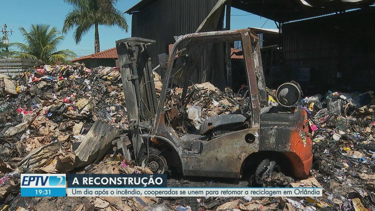 Cooperativa de recicláveis calcula prejuízo de R$ 500 mil após incêndio em Orlândia, SP