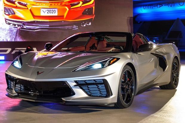 Corvette conversível tem frente igual ao do modelo fechado (Foto: Divulgação)