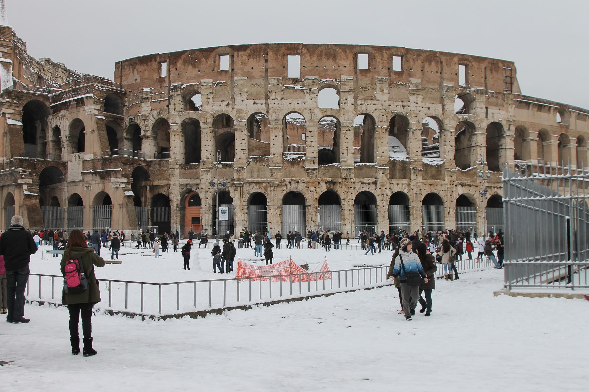 Onda de frio fez nevar em Roma depois de seis anos. (Foto: Creative Commons / roberto volterra)