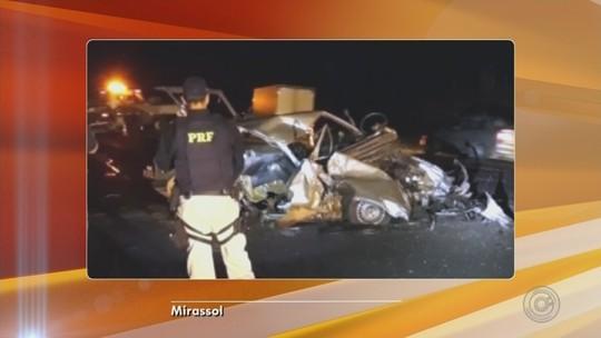 Idoso morre após batida entre carro e caminhão na BR-153 em Jaci