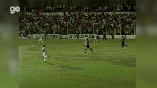 River-PI aceita desculpas de David Luiz após gafe do zagueiro em citar jogo com estádio vazio
