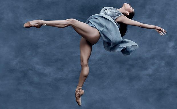 Misty Copeland vive uma bailarina profissional estreante em busca de sucesso (Foto: Divulgação)