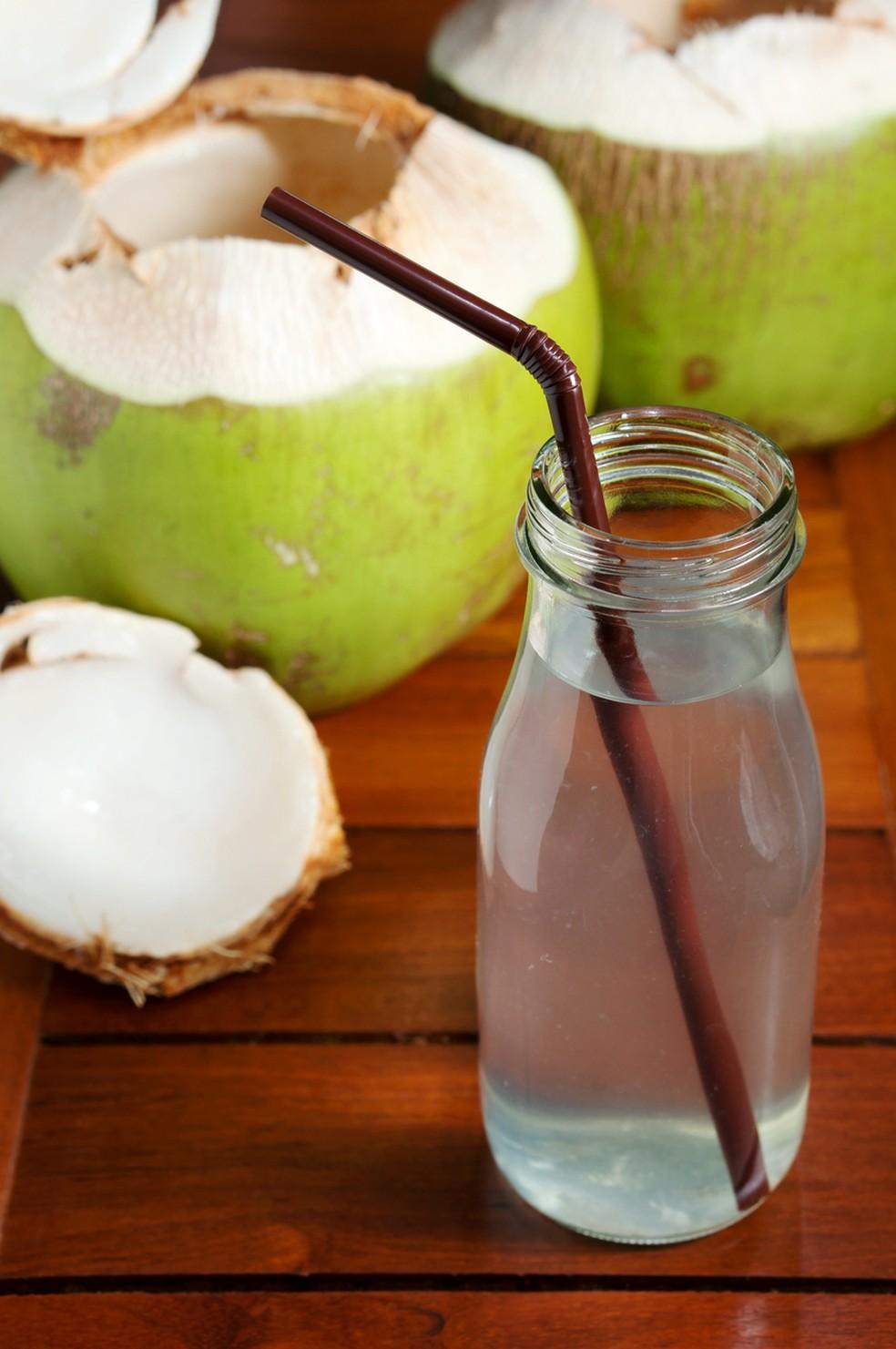 Coco: rico e fibras e gorduras boas — Foto: Istock Getty Images