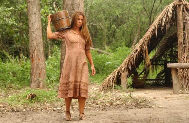 No início de 2007, Giovanna interpretou Delzuite na série 'Amazônia - de Galvez a Chico Mendes' (Foto: TV Globo)