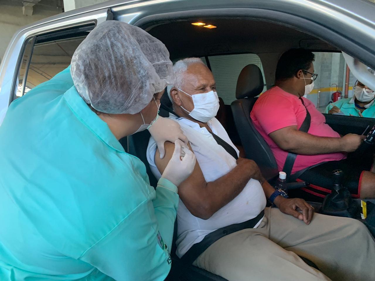 RN recebe lote com 168 mil vacinas para campanha de imunização contra gripe