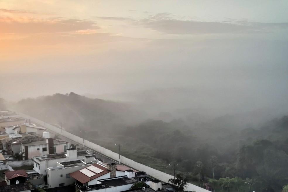 Névoa registrada em várias áreas do Rio Grande do Norte, na manhã desta quarta (27). — Foto: Auridan Trindade