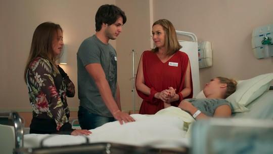 Teaser: Lucas encontra Martinha no hospital