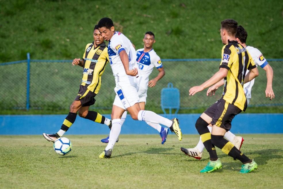 Atacante Zé Eduardo foi outra cara nova no Sub-20 do Cruzeiro em 2019 — Foto: Gustavo Aleixo/ Cruzeiro